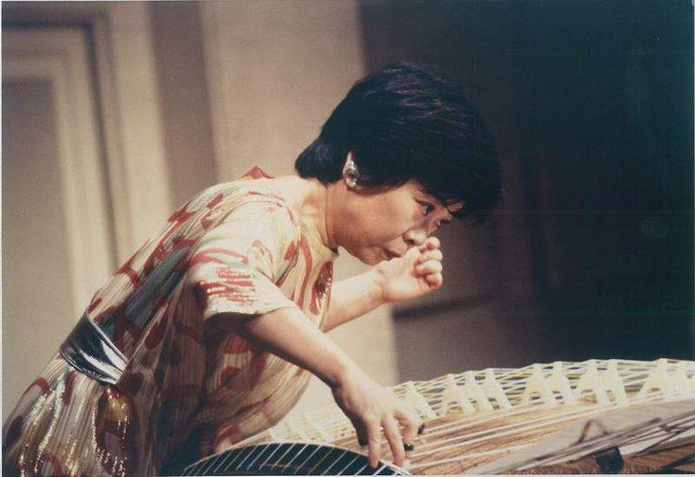 Koto master Nanae Yoshimura