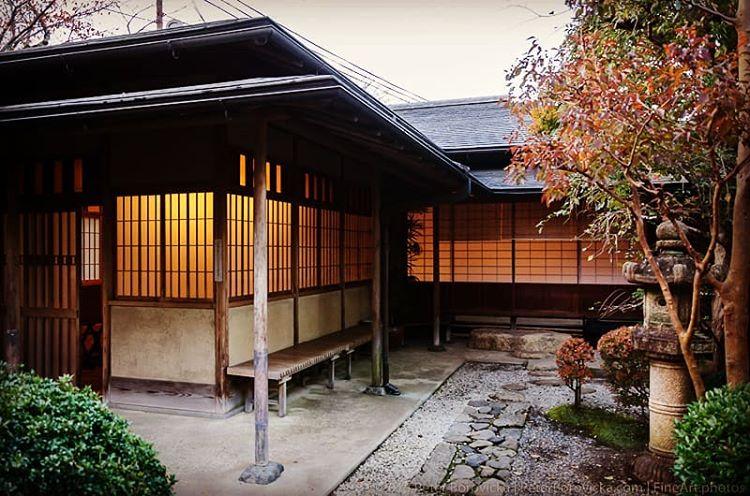 sukiya zukuri daisugi